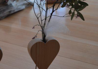 Support en bois pour fleurs